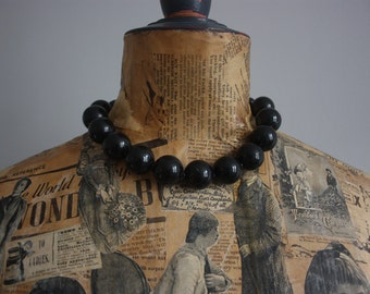 Vtg 70's Black Plastic Necklace