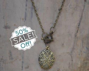 SALE!! 50% off!! Dainty Diffuser locket Necklace