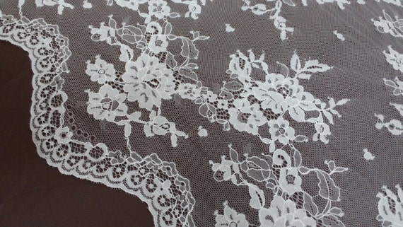 Ivory lace fabric Chantilly Lace, French Lace Bridal lace Wedding Lace White Lace Veil lace Scalloped Eyelash lace Lingerie Lace