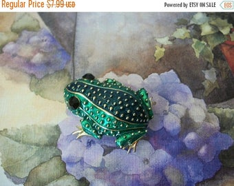 ON SALE Retro Toad Metal Enameled Bumpy Black Austrian Rhinestone Eyes Pin 5717