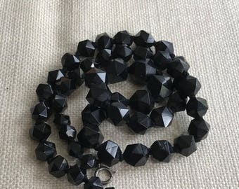 Victorian WHITBY JET necklace faceted beads ~38g ~- inA2447