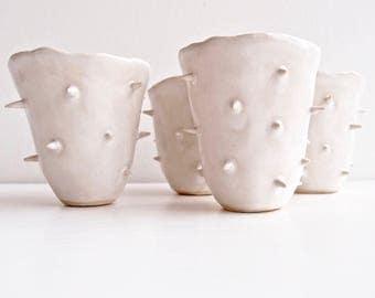 Handmade white spiky ceramic vase, white pottery vase, spiky ceramic flower vase, white vase, white pottery vase, pottery and ceramics, vase
