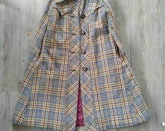 Vintage 70s plaid cape coat