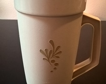 Vintage Tupperware Pitcher  ***FREE SHIPPING***