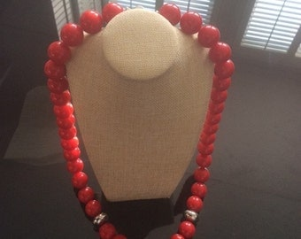 Long chunky big red necklace