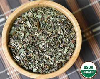 Organic Comfrey Leaf Cut and Sifted, Dried, Loose. Symphytum Officinale. 1 oz