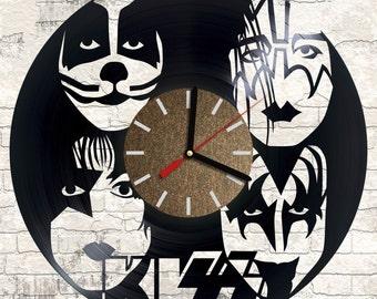 Vinyl wall clock Kiss