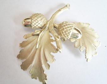 Leaf & Acorn Pin