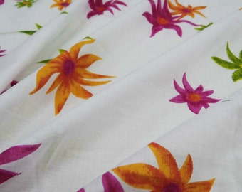 """Dressmaking Fabric Cotton Fabric For Sewing Designer 42"""" Wide Light Weight White Dressmaking Cotton Floral Sewing Fabric By 1 Yard ZBC6689"""