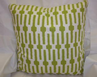 "Five Dollar Pillow Cover - NO insert.  Green & White print fabric - 19"" x 19"""