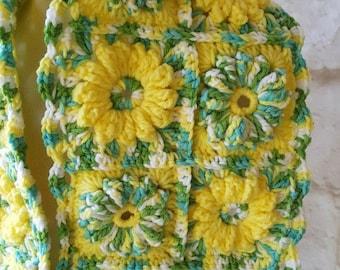 Flower scarf - Crochet scarf - Handmade scarf - Fashion scarf - Ladies scarf - Floral scarf - Crochet flower scarf - Granny square scarf