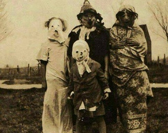 Vintage Halloween Photos! Over 500 Pre-1940 Horrifying pics on CD!