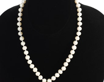 Vintage Pearl Necklace With Crystal Stone Pendant