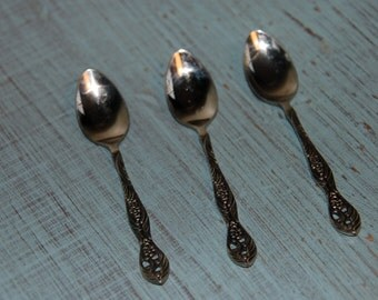 Set of 3 silver teaspoons