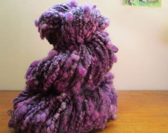 "Wool spun and dyed by hand ""lilac bouquet"" 90 m / 109g"
