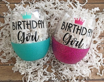 Birthday wine glass//birthday girl//glittered wine glass//birthday party