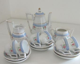 Vintage Dolls  Childs Tea Set