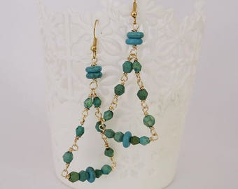 Long earrings, earrings with turquoise stones, triangle shaped earrings, triangle shaped earrings and turquoise stones