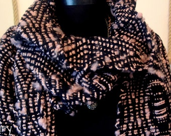 Black Pinky Handwoven Shawl/Scarf