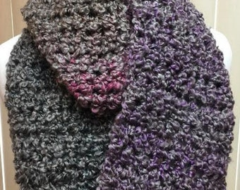 Gray Scarf, Crochet Scarf, Purple Scarf, Chunky Scarf, Infinity Scarf, Fuzzy Scarf, Gifts for Her, Winter Scarf, Circle Scarf