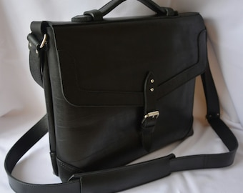 Men's leather bag,leather bag,bag shoulder,men's leather bag,leather goods, leather items, leather products, leather accessories