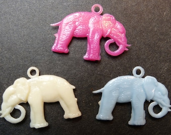3 Charming Vintage Elephant Charms - 2.5cm long