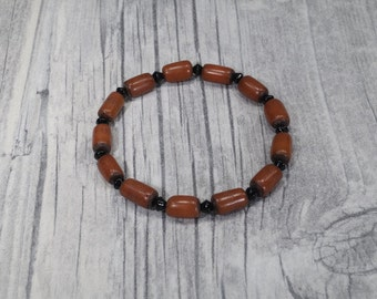 Palm seed bracelet brown black elastic
