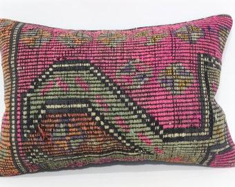 Chic Kilim Pillow Sofa Pillow Handwoven Kilim Pillow Ethnic Pillow 16x24 Decorative Embroidered Kilim Pillow Cushion Cover  SP4060-415