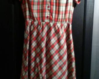 Adorable Vintage Farmhouse Day Dress