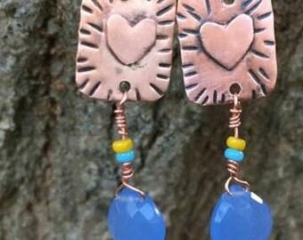 Copper earrings. Heart earrings. Heart jewelry.  Heart earrings. Beaded earrings.  Dangle earring. Bohemian jewelry. Gypsy earrings. Dangles