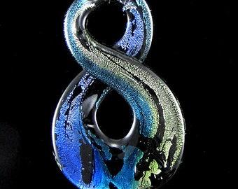 65mm Murano lampwork glass 8 shape pendant bead blue 15310