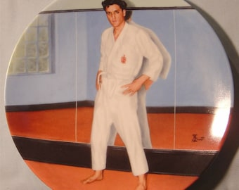 """Elvis Presley 'Looking at a Legend' """"Going for Black Belt"""" Collector's Plate-NIB"""
