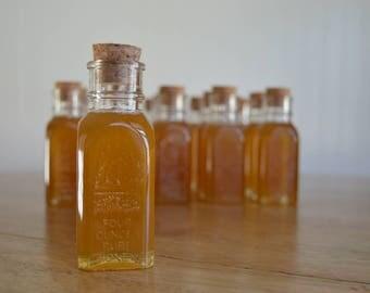 4oz. Muth Honey Jar, Wedding Favors, Mini Honey Jar, Vintage Wedding Souvenirs, Honey Favours
