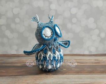 Dancing owl, Crochet plush, Stuffed animal, Owl toy, Child's toy, Blue owl toy, Birthday gift, Stuffed toy, Baby shower gift, Nursery decor