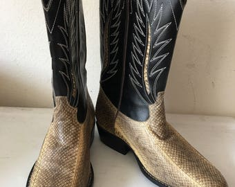 Black and beige men's cowboy boots, made from real snake leather, embroidered, vintage style, western style, retro boots, men's size - 10D.