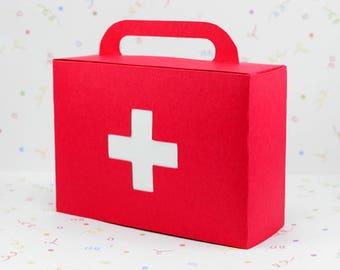 First aid kit favor box; Doctors bag, Emergency kit, Hospital bag, Medical bag, Nurse bag,