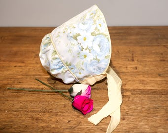 Baby Bonnet Summer Hat, Baby Sun Hat, Vintage Fabric - reversible