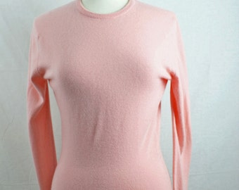 1960s Vintage Baby Pink Sweater by Pringle of Scotland Size 36