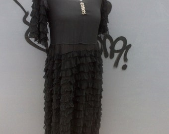 Vintage twenties black crepe and lace flapper dress | size uk 8-10