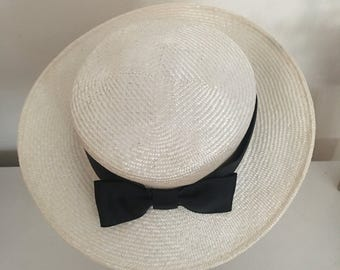 Mini Boater - Ivory Hat Fascinator