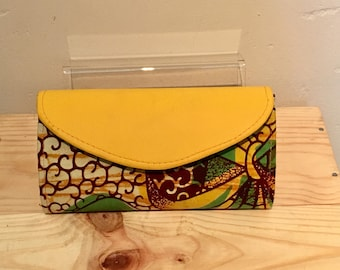 Small yellow and green floral clutch bag/ pouchette Africain
