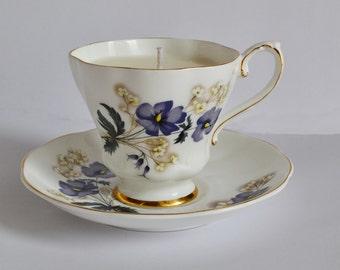 Violet Royal Grafton Vintage Teacup Candle