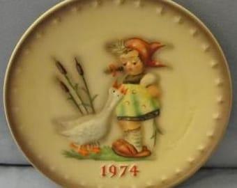 Hummel Annual Plate 1974 - Goose Girl - SKU 1269