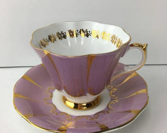 Vintage Queen Anne Fluted Teacup, Lilac Queen Anne #133 Gold lace Teacup, Queen Anne Teacup, gift for mom, gift for her, purple and gold