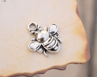 20 antique silver bee charms bumble bee charm pendant pendants  (HJ02)