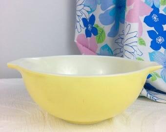 Vintage Pyrex Yellow Cinderella Mixing Bowl 443