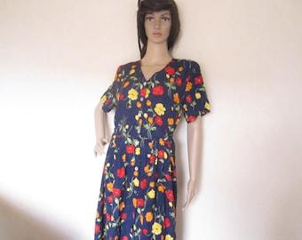 Vintage 80s dress with flowers flower dress robe Mille fleurs M