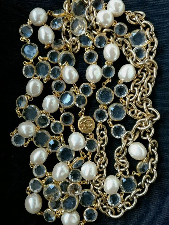 Vintage large glass pearl beads collier / necklace, gold plated metal hardware, possible double strand