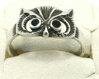 Sterling silver owl's head ring