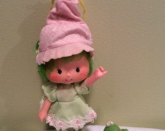Vintage Strawberry Shortcake's friend Lime Chiffon with Parfait Parrot